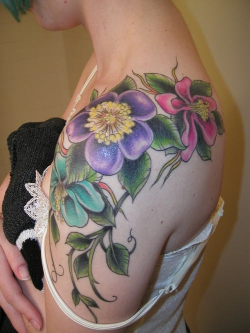 Flower Shoulder Tattoo Designs: Flowers-tattoos-for-shoulder