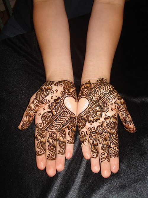 Mehndi Hand Tattoo Art : Henna hand tattoo designs